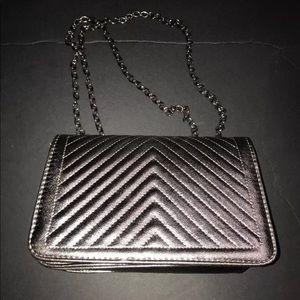 Boohoo Womens Laura Quilted Metallic CrossBody Bag